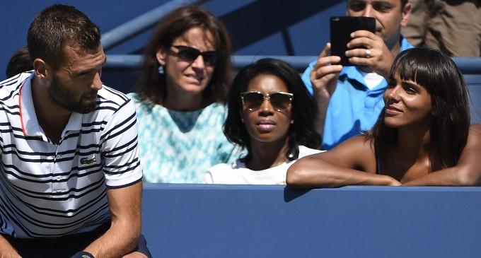 Нова двойка тенисист - певица вълнува французите