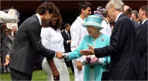 Кралицата се отказа от патронажа на Уимбълдън
