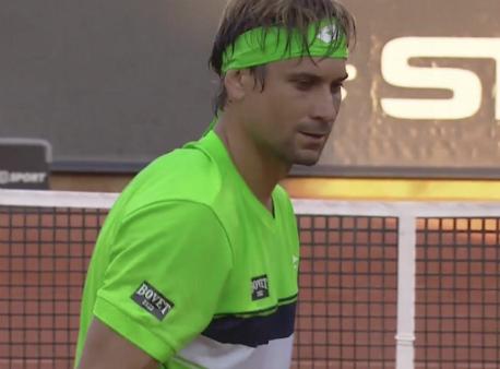 Давид Ферер стигна четвъртфинал в Швеция