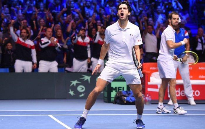 Франция на победа от 10-а титла
