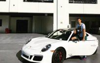 Григор се похвали с лъскав спортен автомобил (снимка)