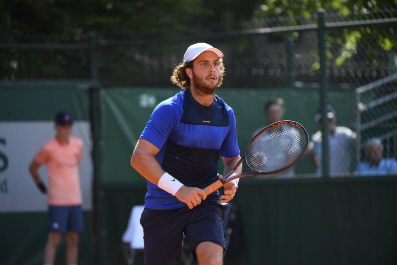 Историята на турнира: Тенисист шофира девет часа, за да играе на Ролан Гарос