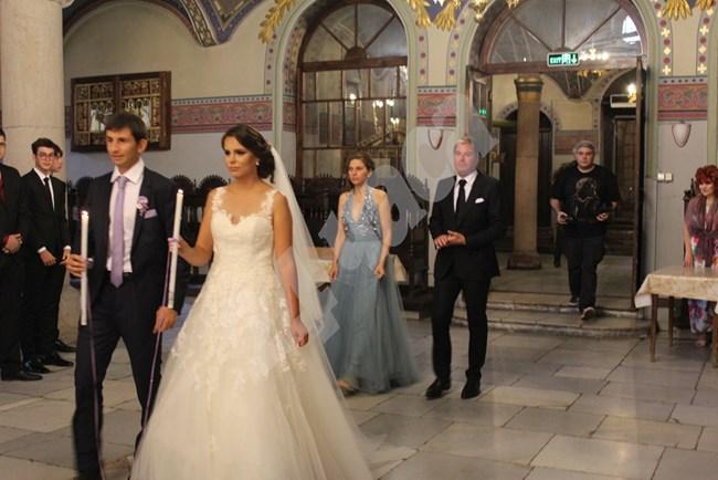 Александър Лазов мина под венчилото