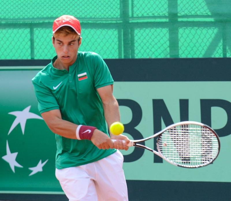 Андреев е на победа от финал на Европейското