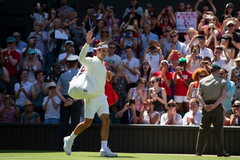 Федерер в спор за собствените си инициали