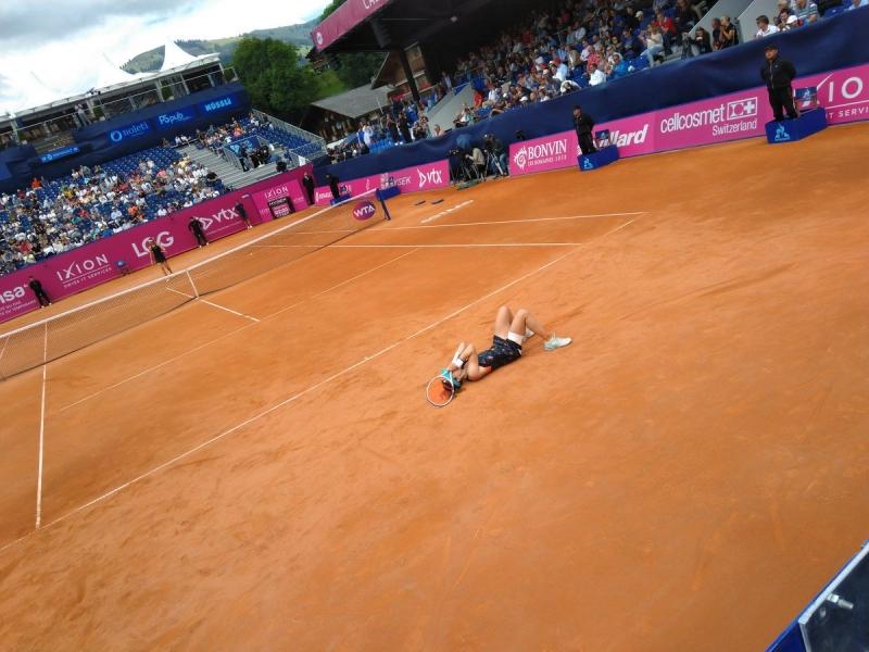 Корне извоюва трофей №6 в кариерата си