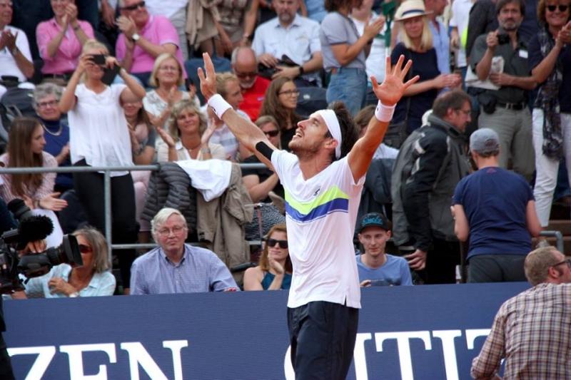 Шампионът Майер на нов финал в Хамбург