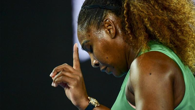 Серина Уилямс пребори световната №1 в луд мач