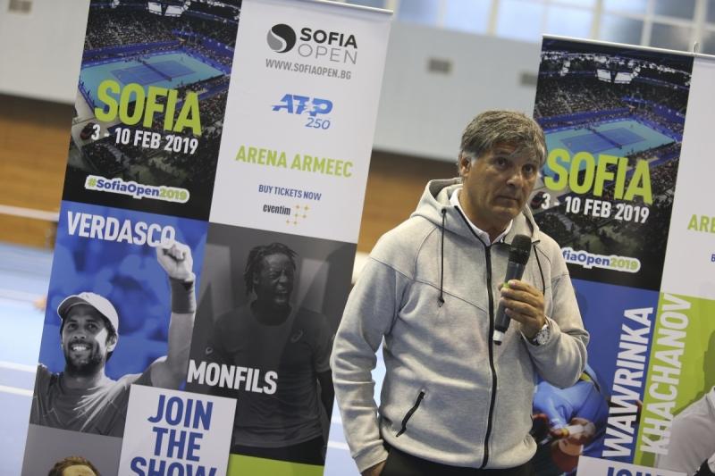 Тони Надал се среща с родни таланти в София
