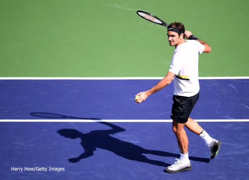 Федерер се завърна с победа