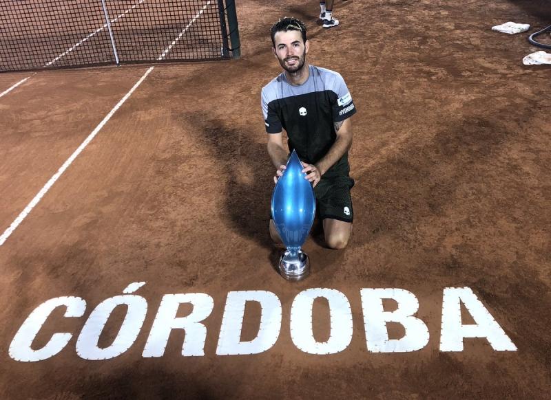 Лудата седмица на Лондеро: От 0 победи в кариерата до титла