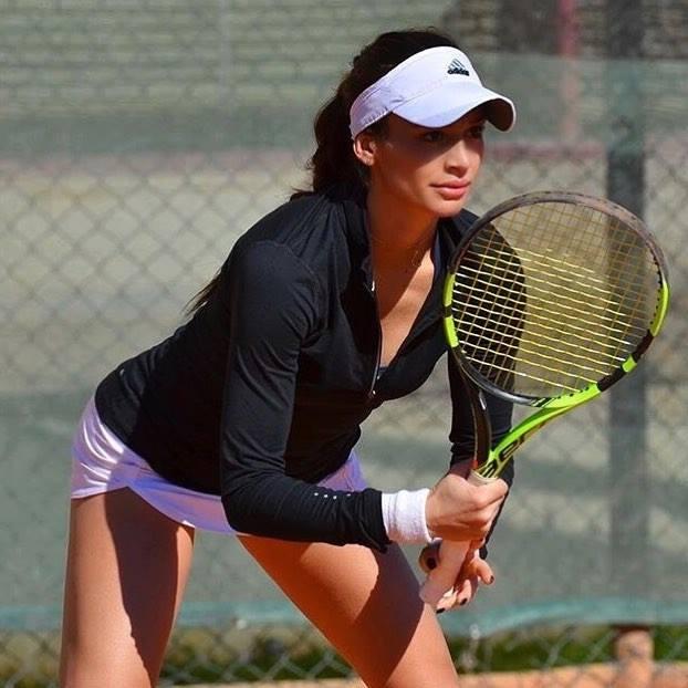 Испанка надви Ани Вангелова на турнир в Тунис
