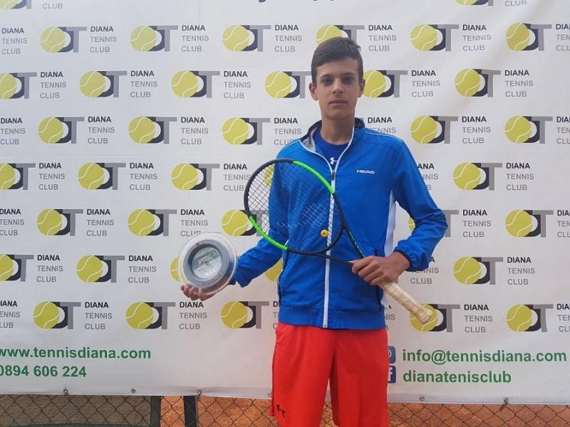 Симеон Терзиев е четвъртфиналист в Истанбул