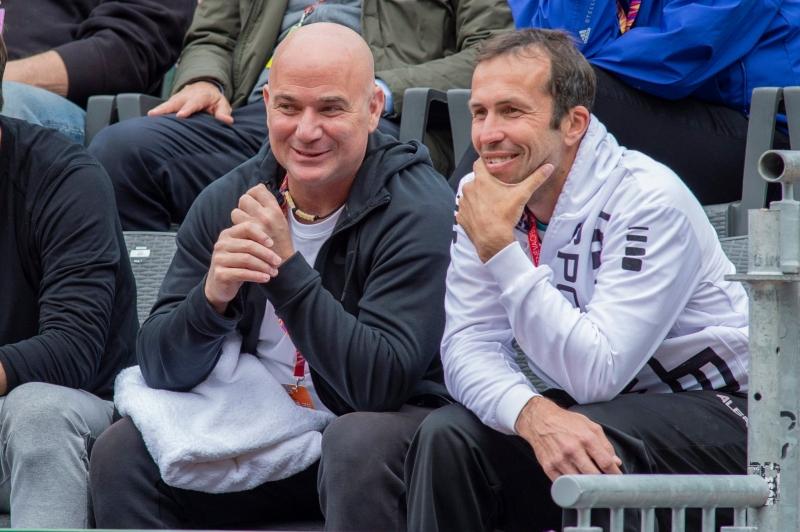 Щепанек остава треньор на Григор Димитров
