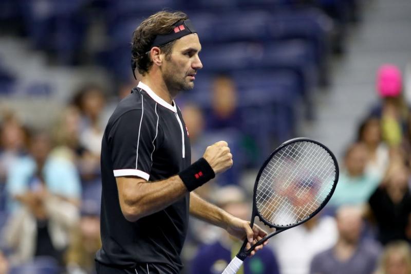 Федерер се класира за финалите на АТП за рекорден път