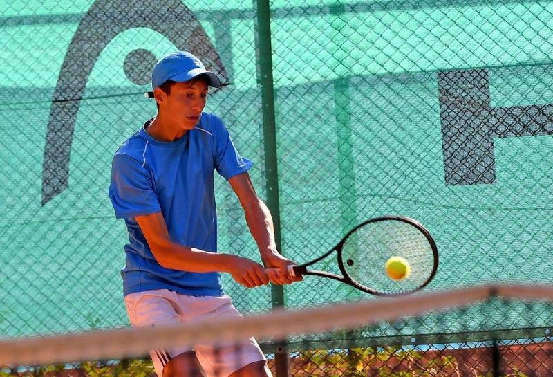 Михаил Иванов в топ 4 в Гърция