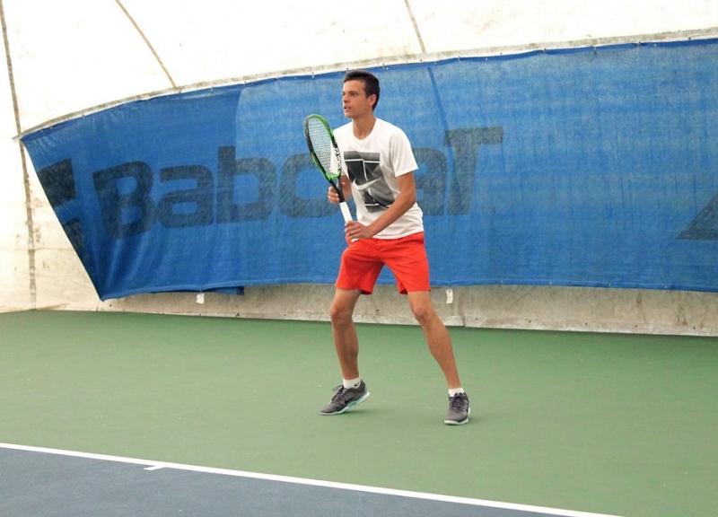 Симеон Терзиев на два четвъртфинала в Украйна
