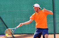 Габриел Донев е четвъртфиналист в Украйна