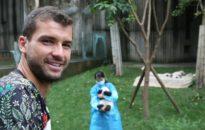 Григор Димитров показа умения на джитбол (видео)