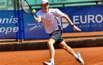 Нестеров на два четвъртфинала в Барселона