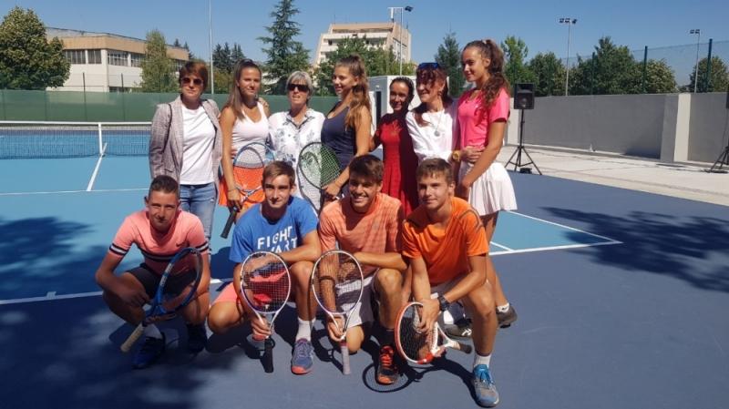 Нова тенис база краси НСА