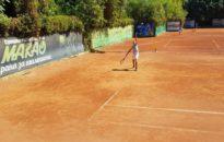 Трима българи на осминафиналите във Варна