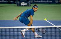 Федерер подчини Циципас за 15-ти финал в Базел