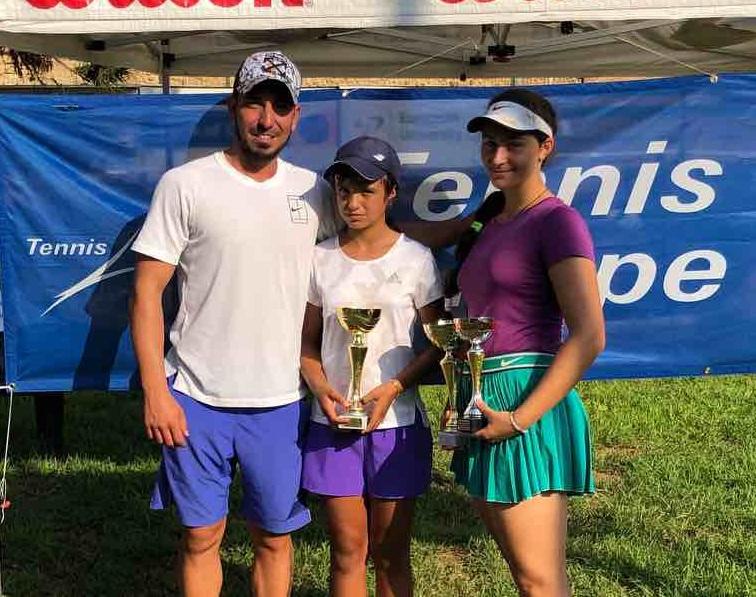 Ива Иванова спечели титлата на двойки в Кипър