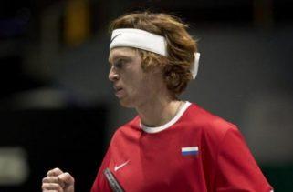Русия с чист успех над шампиона Хърватия