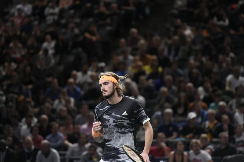 Циципас е вторият полуфиналист в Лондон